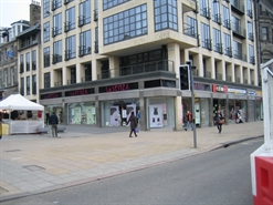 2,215 SF High Street Shop for Rent  |  117 Princes Street, Edinburgh, EH2 3AA