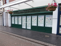 1,364 SF Shopping Centre Unit for Rent  |  46 Angel Place, Crowngate Shopping Centre, Worcester, WR1 3LE