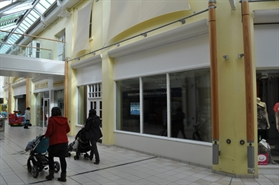 1,224 SF Shopping Centre Unit for Rent  |  Unit 4, Riverside Shopping Centre, Evesham, WR11 4BG