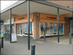 605 SF Shopping Centre Unit for Rent  |  5 The Paddock, Wilmslow, SK9 3HQ
