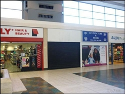 569 SF Shopping Centre Unit for Rent  |  Unit 17, Stretford Mall Shopping Centre, stretford, M32 9BA