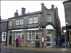 1,069 SF High Street Shop for Rent  |  23 Kirkgate, Keighley, BD20 0AJ