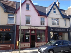 390 SF High Street Shop for Rent  |  12 Well Street, Porthcawl, CF36 3BE