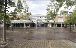 808 SF Shopping Centre Unit for Rent  |  33 North Walk, Yate, BS37 4AP