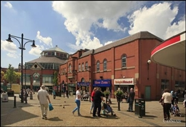 1,002 SF Shopping Centre Unit for Rent  |  7 Town Square, Oldham, OL1 1XD