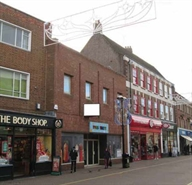1,031 SF High Street Shop for Rent  |  2-6 High Street, Aylesbury, HP17 8ER