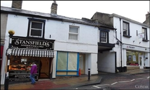 410 SF High Street Shop for Rent  |  34 Castle Street, Clitheroe, BB7 2BX