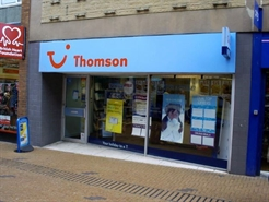 672 SF High Street Shop for Rent  |  38 Market Street, Barnsley, S70 1SN