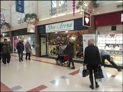 618 SF Shopping Centre Unit for Rent  |  Unit 10, The Forum Shopping Centre, Sittingbourne, ME10 3DL