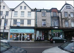 482 SF High Street Shop for Rent  |  33 Fore Street, Okehampton, EX20 1HB