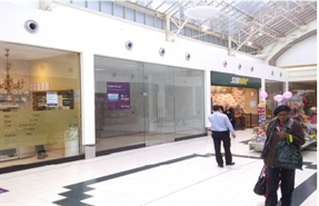 847 SF Shopping Centre Unit for Rent  |  Unit 49 The Exchange Shopping Centre, Ilford, IG11AT