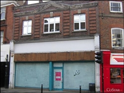 2,285 SF Shopping Centre Unit for Rent  |  Unit 25, Chilterns Centre, High Wycombe, HP13 5ES