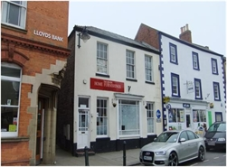888 SF High Street Shop for Rent  |  14A Market Place, Alford, LN13 9EB