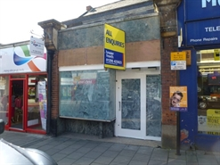 1,082 SF High Street Shop for Rent  |  34 High Street, Aylesbury, HP20 1SF