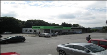 6,783 SF Out of Town Shop for Rent  |  Retail Unit, Wrexham, LL14 3YD