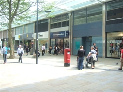 1,043 SF Shopping Centre Unit for Rent  |  13 Canal Walk, Swindon, SN1 1LD
