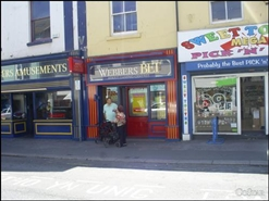 393 SF High Street Shop for Rent  |  76 High Street, Rhyl, LL18 1UB