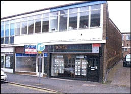 480 SF High Street Shop for Rent  |  Unit 8, Carlton House, Kidderminster, DY10 1EL