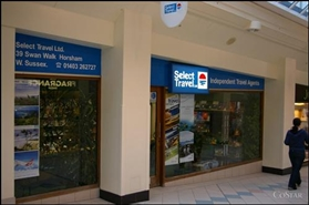 570 SF Shopping Centre Unit for Rent  |  Unit 39, Swan Walk Shopping Centre, Horsham, RH12 1HQ