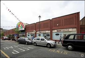 341 SF Shopping Centre Unit for Rent  |  Unit 29a & Kiosk 1, Accrington, BB5 1ES