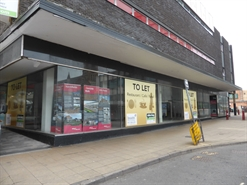 2,760 SF High Street Shop for Rent  |  1 High Street, Kidderminster, DY10 2DJ