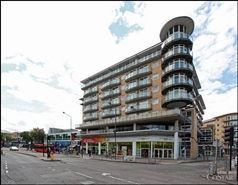 696 SF Shopping Centre Unit for Rent  |  146, The Centre, Feltham, TW13 4GU
