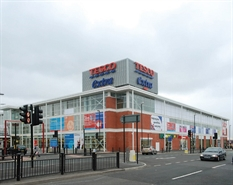 1,000 SF Out of Town Shop for Rent  |  Unit 4, Oldham, OL4 2GA