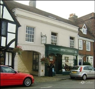 817 SF High Street Shop for Rent  |  38 High Street, Amersham, HP7 0DJ