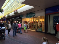 1,921 SF Shopping Centre Unit for Rent  |  24 The Mall, Cwmbran, NP44 1PX
