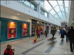931 SF Shopping Centre Unit for Rent  |  Unit 17, County Square Shopping Centre, Ashford, TN23 1YB