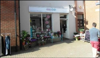 920 SF Shopping Centre Unit for Rent  |  Unit 9, Borough Fields Shopping Centre, Swindon, SN4 7AX