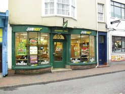 900 SF High Street Shop for Rent  |  55 St Thomas Street, Weymouth, DT4 8EQ