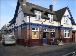 1,591 SF High Street Shop for Rent  |  The King''S Arms, Twickenham, TW2 6QJ