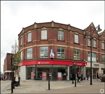 1,096 SF High Street Shop for Rent  |  32 - 34 High Street, Oldham, OL1 1JA