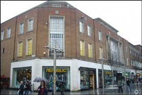 1,880 SF High Street Shop for Rent  |  247 - 248 High Street, Exeter, EX4 3PZ