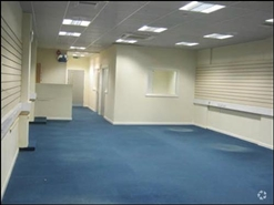 1,165 SF Shopping Centre Unit for Rent  |  Unit 5, The Mall, Dagenham, RM10 8RE