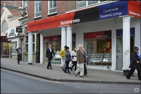 426 SF High Street Shop for Rent  |  65 Long Row, Nottingham, NG1 6JN