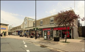 1,470 SF Shopping Centre Unit for Rent  |  Airedale Shopping Centre, Keighley, BD21 3QQ