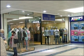 1,209 SF Shopping Centre Unit for Rent  |  Unit 7, Kingfisher Shopping Centre, Redditch, B97 4HD