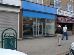 888 SF High Street Shop for Rent  |  3 Bridge Street, Hemel Hempstead, HP1 1EG