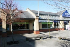 2,420 SF High Street Shop for Rent  |  Units 5, Roundswell Shopping Centre, Barnstaple, EX31 3NL