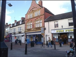 1,110 SF High Street Shop for Rent  |  37 George Street, Tamworth, B79 7LJ
