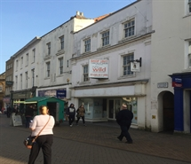 2,184 SF High Street Shop for Sale  |  4 High Street, Banbury, OX16 5DZ