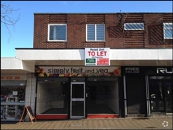 443 SF Shopping Centre Unit for Rent  |  Unit 18, Market Square, Royton, OL2 5QD