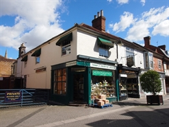 581 SF High Street Shop for Rent  |  7A East Street, Horsham, RH12 1HH