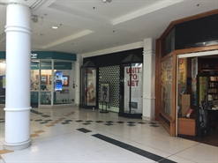 888 SF Shopping Centre Unit for Rent  |  Unit 16, Brunel Plaza, Swindon, SN1 1LF