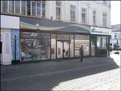 930 SF High Street Shop for Rent  |  87 Skinnergate, Darlington, DL3 7LX