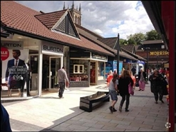 1,130 SF Shopping Centre Unit for Rent  |  Unit 42 (18), Church Walk Shopping Centre, Caterham, CR3 6RT
