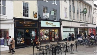 572 SF High Street Shop for Rent  |  39 Parliament Street, York, YO1 8RU