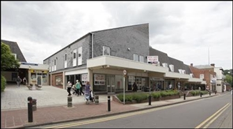 1,297 SF Shopping Centre Unit for Rent  |  St Andrews Square Shopping Centre, Droitwich Spa, WR9 8HE